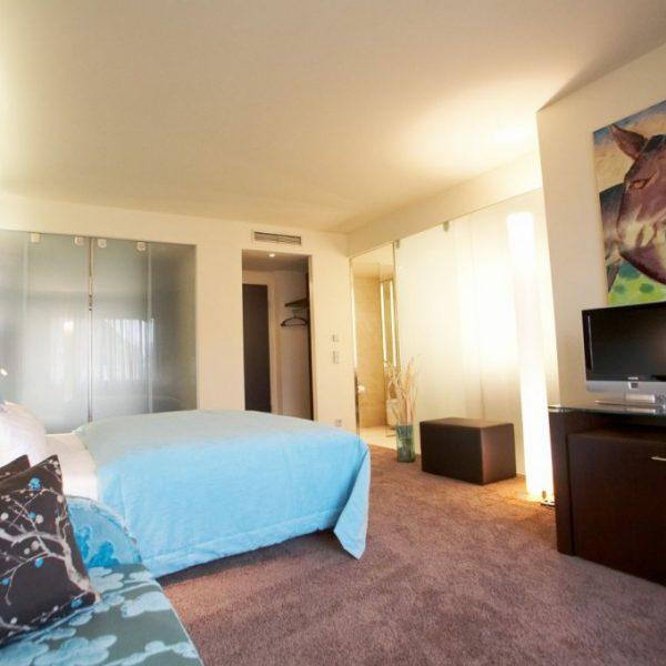 hotel_der_blaue_reiter_karlsruhe_juniorsuite.1024x0