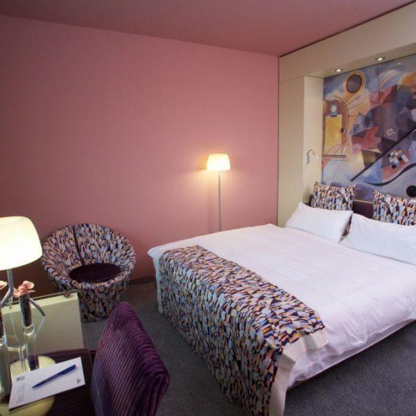 hotel_der_blaue_reiter_karlsruhe_missonizimmer-2.1024x0